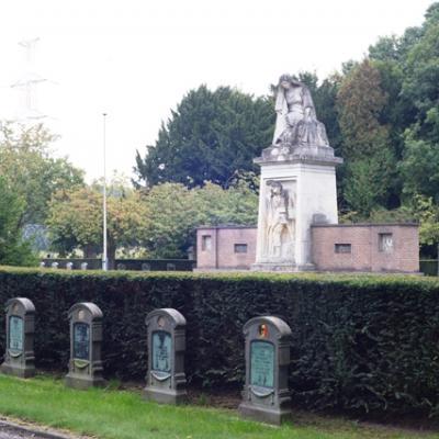 Military cemetery at Boninne