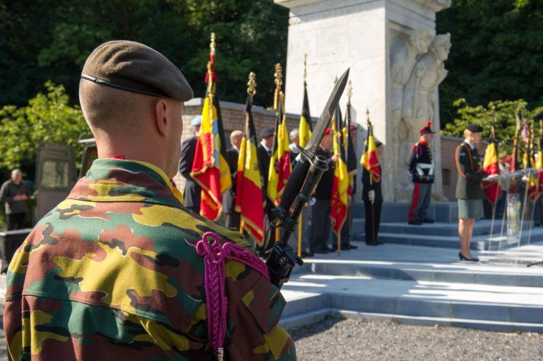 Gedenkfeier auf den Militärfriedhof von Champion